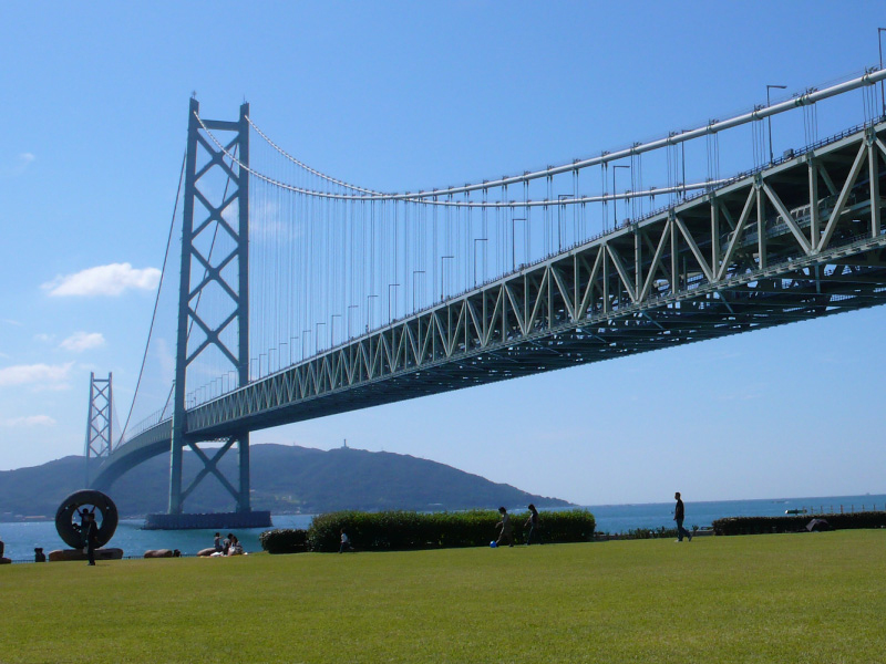明石海峡大橋/http://www.jb-honshi.co.jp/bridgeworld/gallery.html
