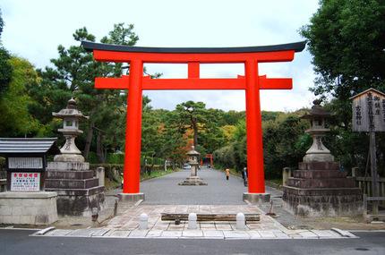 YoruhaMijikashi_005