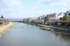 YoruhaMijikashi_010