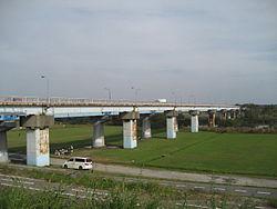 250px-Nagareyama-bashi_bridge1